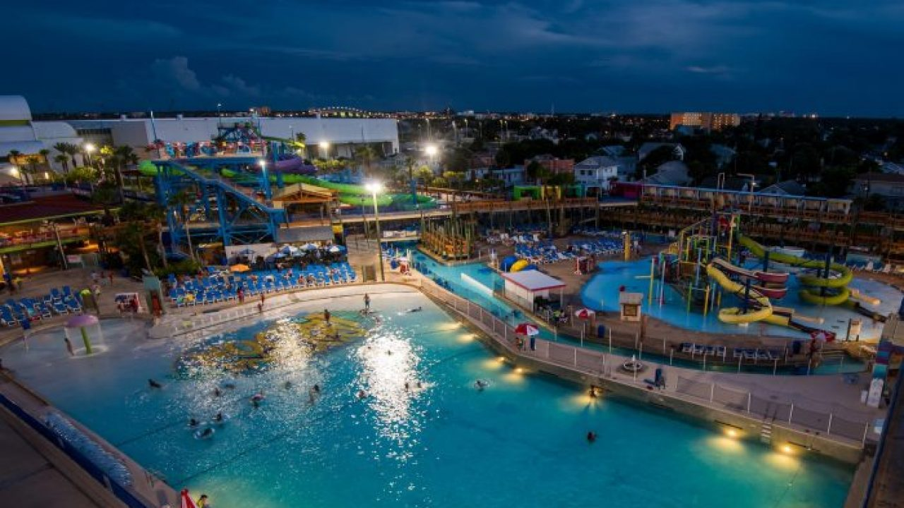Summer Dive In Movies At Daytona Lagoon