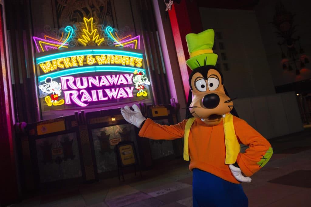 Preview Runaway Railway at Hollywood Studios
